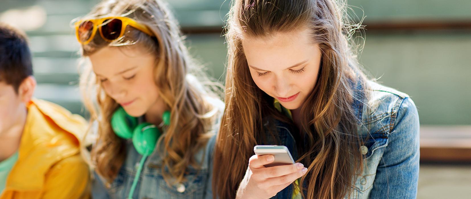 Wenn Kinder und Jugendliche online Verträge schließen
